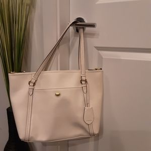 Coach Peyton Leather  Pocket Tote